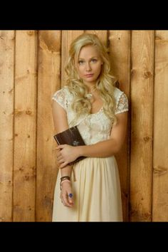 Scarlett  from Nashville. I am obsessed with her hair and style!