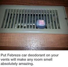 Dorm Room Hacks and Tips - Use Febreze Car Clips and add to Air Vents to Help Freshen the Room. More College Tips on Frugal Coupon Living. Dorm Hacks, Apartment Hacks, Diy Apartment Decor, Apartment Ideas College, Apartment Cleaning, Apartment Styles, House Cleaning Tips, Spring Cleaning, Cleaning Hacks