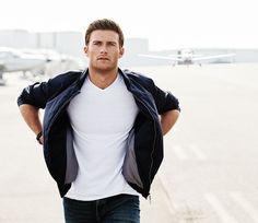 Scott Eastwood Plays by His Own Rules