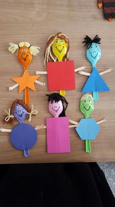 Shape puppets made from spoons Kids Crafts, Summer Crafts, Preschool Crafts, Projects For Kids, Diy And Crafts, Arts And Crafts, Toddler Activities, Preschool Activities, Plastic Spoon Crafts