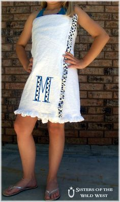 DIY towel wrap. I want to make myself one of these to wear out to the hot tub.