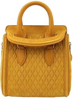 Beautiful Handbags, Beautiful Bags, Beautiful Life, Mini Handbags, Purses And Handbags, Chanel Handbags, Fashion Handbags, Fashion Bags, Givenchy