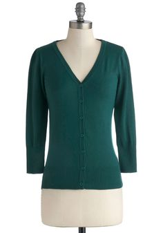 Charter School Cardigan in Peacock. Show your style smarts in this versatile cardigan! #green #modcloth