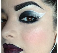 Check out this awesome gradient look by Pritylipstix using Sugarpill Bulletproof eyeshadow. Very artistic! Makeup Tips, Beauty Makeup, Eye Makeup, Hair Makeup, Makeup Ideas, Pretty Makeup, Makeup Looks, Awesome Makeup, Black And White Makeup