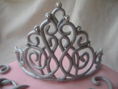 How to make a gumpaste tiara