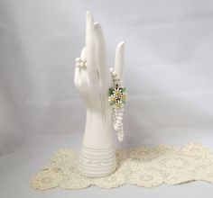 Vintage Daisy Fancy Clasp White Glass Bead Necklace Double Strand by KansasKardsStudio on Etsy