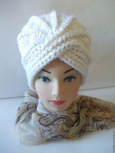 Купить или заказать Вязанная шапка-чалма женская в интернет-магазине на Ярмарке Мастеров. Шапка женская вязанная.Связана из качественной пряжи,очень мягкая,не колется.Теплая,вам не будет холодно зимой в такой шапочке,она очень удобна в носке. *Чалма* - классика вязанных изделий.Возможно исполнение в любом цвете и любого…