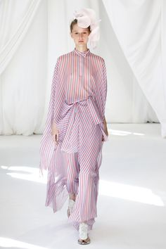 0bbfa7840692 Delpozo Spring 2019 Ready-to-Wear Fashion Show Collection  See the complete  Delpozo