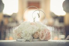 M+M | BLUSH MEMORIES Matrimonio, sposa, sposo, portafedi, tableau de mariage, rosa, matrimonio rosa, bianco, matrimonio bianco, rose, roselline, gypsophila, garofani, ortensie, ortensia Wedding, mariage, bride, groom, bouquet, wedding rings, pink wedding, pink, white, white wedding, roses, baby's breath, carnation, hydrangea Per la galleria completa e i link dei vari fornitori visitate il sito internet www.traterraecielo.eu For complete photogallery and links of various furnisher visit the