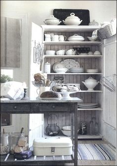 Need to display our ironstone like this ;)