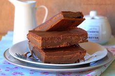 Gâteau chocolat mascarpone de Cyril Lignac Un gâteau fort en chocolat gourmand et fondant à souhait, sans beurre au mascarpone du grand Chef Cyril Lignac,