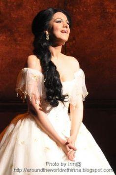 "Angela Gheorghiu in Royal Opera House Covent Garden's ""La Traviata"" - she was exemplary!"