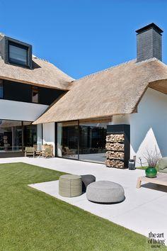 Modern landelijk, de maatwerker, the art of living Rustic Loft, Rustic Cottage, Modern Architecture House, Architecture Design, Sustainable Architecture, Modern Buildings, Minimalist Architecture, Modern Exterior, Exterior Design