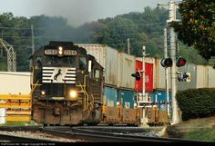 RailPictures.Net Photo: NS 7150 Norfolk Southern EMD GP60 at Austell, Georgia by A.J. Smith