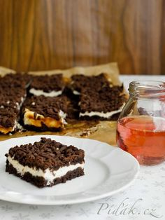Píďák.cz - Recept - Strouhaná buchta Sweet Recipes, Cake Recipes, Healthy Cooking, Cooking Recipes, Tray Bakes, Baked Goods, Sweet Tooth, Deserts, Food Porn