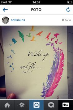 I love this so much and it's probably one of my favorite drawings ever. (I am completely OBSESSED with feathers!) ♡