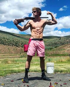 This is a Nervous Hyena account Logan Paul Body, Logan Jake Paul, Jake Paul Team 10, Logang Paul, Shane Dawson, Hot Actors, Hottest Pic, Well Dressed Men, Actor Model