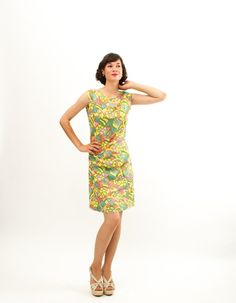 Vintage 1960s Shift Dress  60s MOD Dress  Muted by concettascloset, $36.00