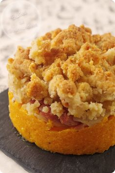 Butternut crumble, parmesan, bacon and onions - Vegan Dinner Party, Dinner Party Recipes, Lemon Biscuits, Happy Cook, Parmesan, Lemon Cookies, Bacon, Lemon Recipes, Quick Easy Meals