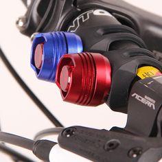 1 PZ LED Impermeabile Della Bici Della Bicicletta Ciclismo Anteriore Posteriore Coda Casco Rosso Flash Luci di Sicurezza che Avverte la Lampada Ciclismo Sicurezza Cautela rosso