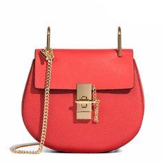 LACATTURA Drew Shoulder Bag