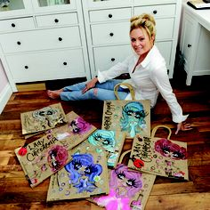 ClaireaBella Year 8, Urban Art, Jute, My Favorite Things, Draw, Magazine, Handbags, Bracelets, Pretty