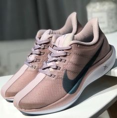 dac34dd8832c9 17 Best Nike Air Zoom Pegasus 35 images in 2019
