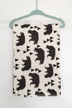 This baby blanket is made from super soft organic cotton knit fabric. It is printed using an eco friendly process and water based inks. Pattern