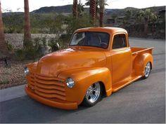sweet n low nice chevy Classic Pickup Trucks, Old Pickup Trucks, Gm Trucks, Cool Trucks, Cool Cars, Lifted Trucks, Pickup Camper, Jeep Pickup, Diesel Trucks
