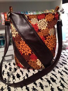 Swoon Ramona Bag - free sewing pattern