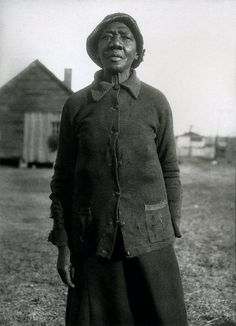 "The photograph ""Woman in Thirties"" taken by Pulitzer Prize winning writer Eudora."