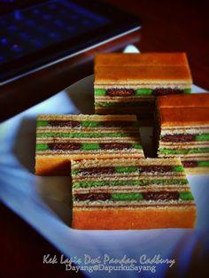 That my kitchen: Sarawak layered cakes