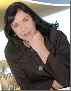 RS Notícias: Itala Nandi, é uma consagrada atriz brasileira de ...