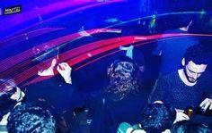 A la felicidad por la electrónica. 6 años de Noches Minitel. Más info en YouTube: minitelmadrid.  #malasaña #salir #salirpormadrid #madrid #club #techno #diseñadosparaelbaile #technomusiclove #technomusic #culturadeclub #bailar #amorylocura #technoparty #technohouse #minitel #nochedemadrid #españa #noduermasbaila by baila_minitel