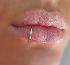 100 Popular Labret Piercings, Procedure, Aftercare, Jewelry cool Check more at http://fabulousdesign.net/labret-piercing/