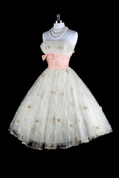 Vintage 1950s Ivory Macrame Embroidery Party Dress