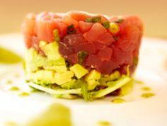 Te explicamos cómo preparar un tartar de atún rojo, uno de los #entrantes más exquisitos de la semana. #Receta