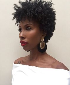 20 Super Short Haircuts for Black Women Natural Hair Haircuts, Tapered Natural Hair, Natural Hair Short Cuts, Short Natural Styles, Hair Color Caramel, Girl Haircuts, Short Haircuts, Hairstyles Haircuts, Pelo Afro