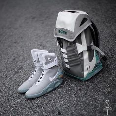 Nike Air Mag by sneaker.team http://bestfashionshoes2k.blogspot.com/2018/04/off-white-x-nike-air-max-90-black-to.html