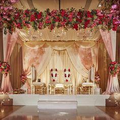 Stunning Mandap Decor Ideas for the Indoor Wedding! wedding stage Stunning Mandap Decor Ideas for the Indoor Wedding! Indian Wedding Stage, Wedding Stage Design, Indian Weddings, Wedding Reception Backdrop, Wedding Mandap, Wedding Backdrops, Wedding Ceremony, Wedding Halls, Desi Wedding