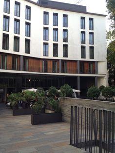 Bulgari Hotel Milan Garden Wing Bulgari Hotel Milan, Bvlgari Hotel, Milan Hotel, Hotel Architecture, Sustainable Architecture, Architecture Details, Facade Design, Urban, Buildings