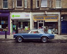 Mercedes #soloparking #meanstreetsofedinburgh #edinburgh #edinburghphotographer…