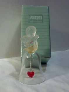 Avon Collectible 24% Lead Crystal 1991 Love Bell