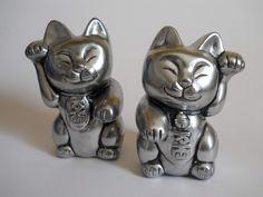 Dupla gato da sorte em gesso com pintura prata R$30,00
