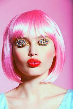 Candy pink hair & colourful cake decoration eye shadow #yummy #makeup