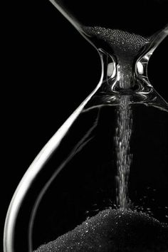 Hourglass ~ In Black