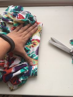 How to Add Ruffles to Leggings Ruffles, To My Daughter, Stitching, Leggings, Ads, Costura, Stitches, Ruffle Beading, Sewing