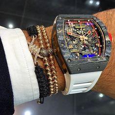 Time is money Richard Mille rm11 lotus carbon ________________________________________ Photo by @avikoren ________________________________________ #lifestyle #time #millionaire #rich #money #watch #success #dubai #luxury #richardmille #carbon
