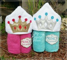 Crown Design w/ Prince & Princess Arrived Add Ons Towel Embroidery, Embroidery Files, Love Sewing, Baby Sewing, Kids Hooded Towels, Monogram Machine, Design Page, Fleur Design, Free Machine Embroidery Designs