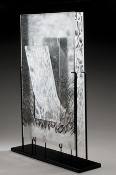 Glass Artwork made by Steven Tippin Glass Art Design, Fused Glass Art, Stained Glass, Cast Glass, Glass Artwork, Unusual Art, Abstract Shapes, Contemporary Artists, Display Stands